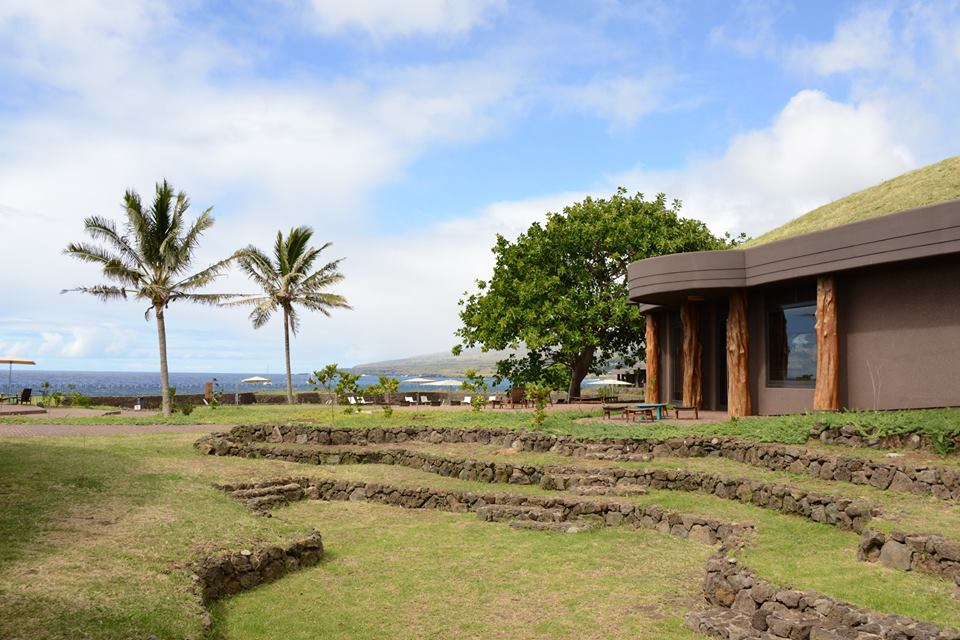Chile - Easter Island - 1560 - Resort and Spa Exterior of hotel