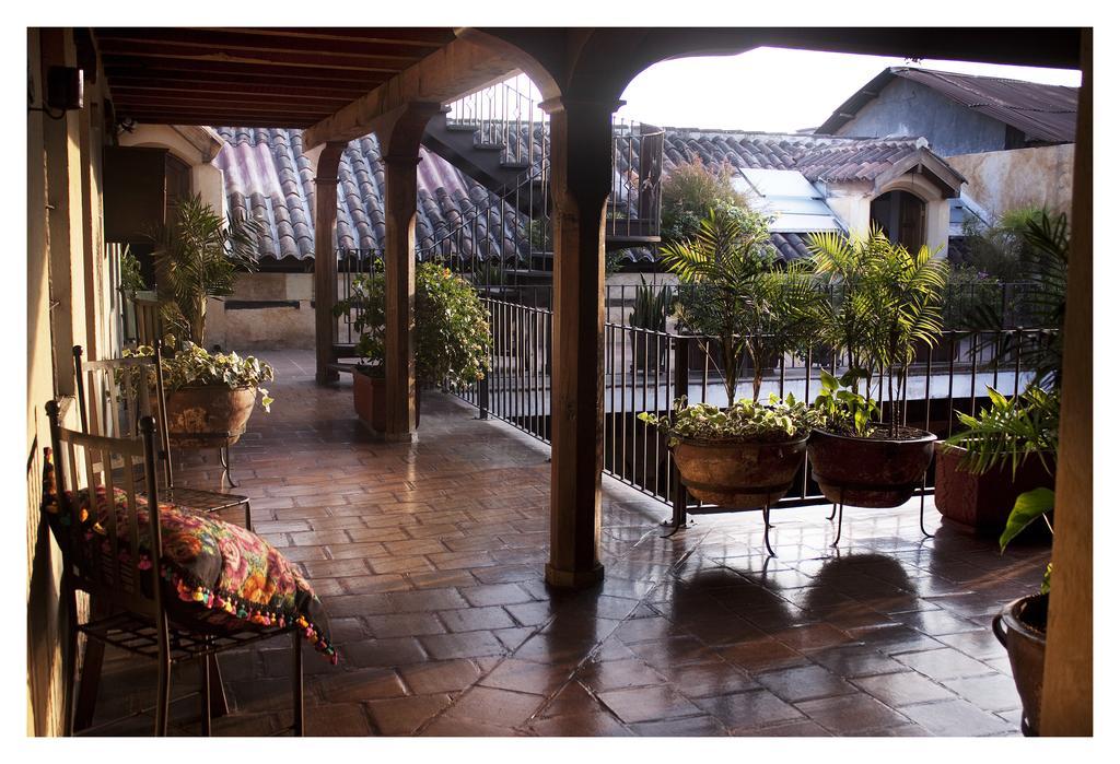 Guatemala- Antigua- 10024- Meson de Maria Outside Terrace Area