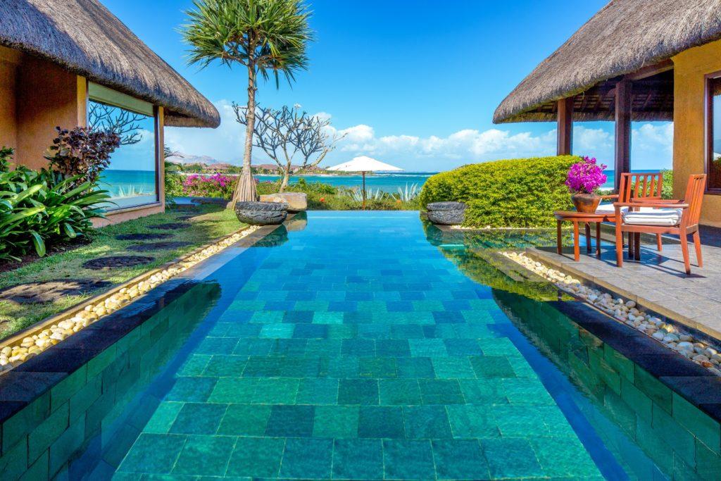 Mauritius - West Coast - 3996 - The Oberoi Mauritius plunge pool