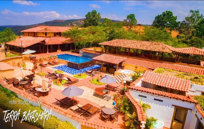 Colombia - Villa de Leyva - 1558 - Casa Terra Exterior Pool Landscape