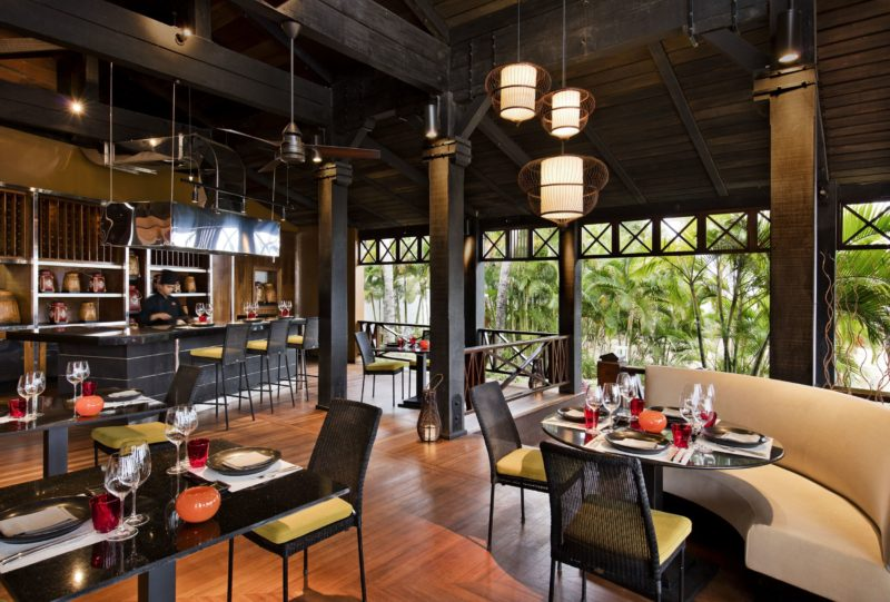 Mauritius - South Coast - 3996 - Heritage Telfair Resort & Spa - Ginja Restaurant seating area