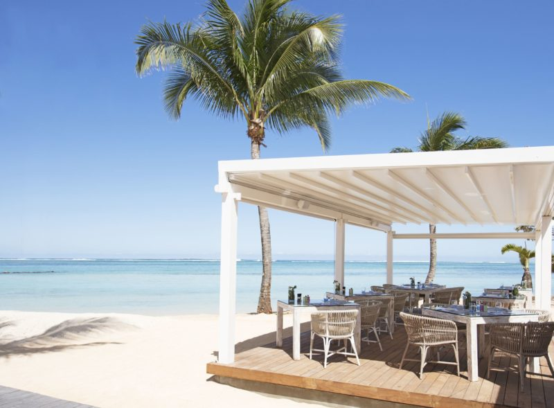 Mauritius - South Coast - 3996 - Heritage Telfair Resort & Spa - Le Palmier beachfront seating
