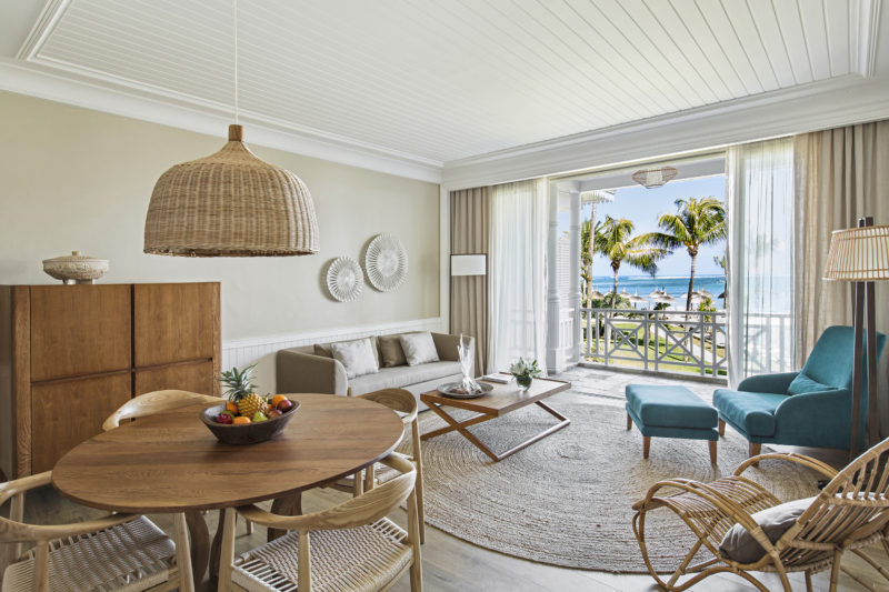 Mauritius - South Coast - 3996 - Heritage Telfair Resort & Spa - Senior Suite Sea View - Lounger and terrace