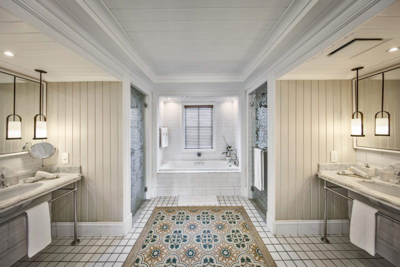 Mauritius - South Coast - 3996 - Heritage Telfair Resort & Spa - Senior Suite Bathroom and vanity