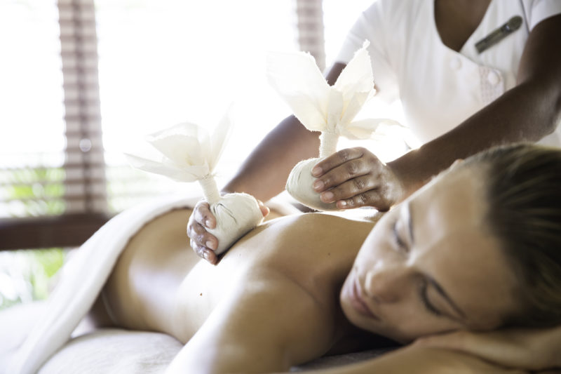 Mauritius - South Coast - 3996 - Heritage Telfair Resort & Spa - Wellness massage hot stones