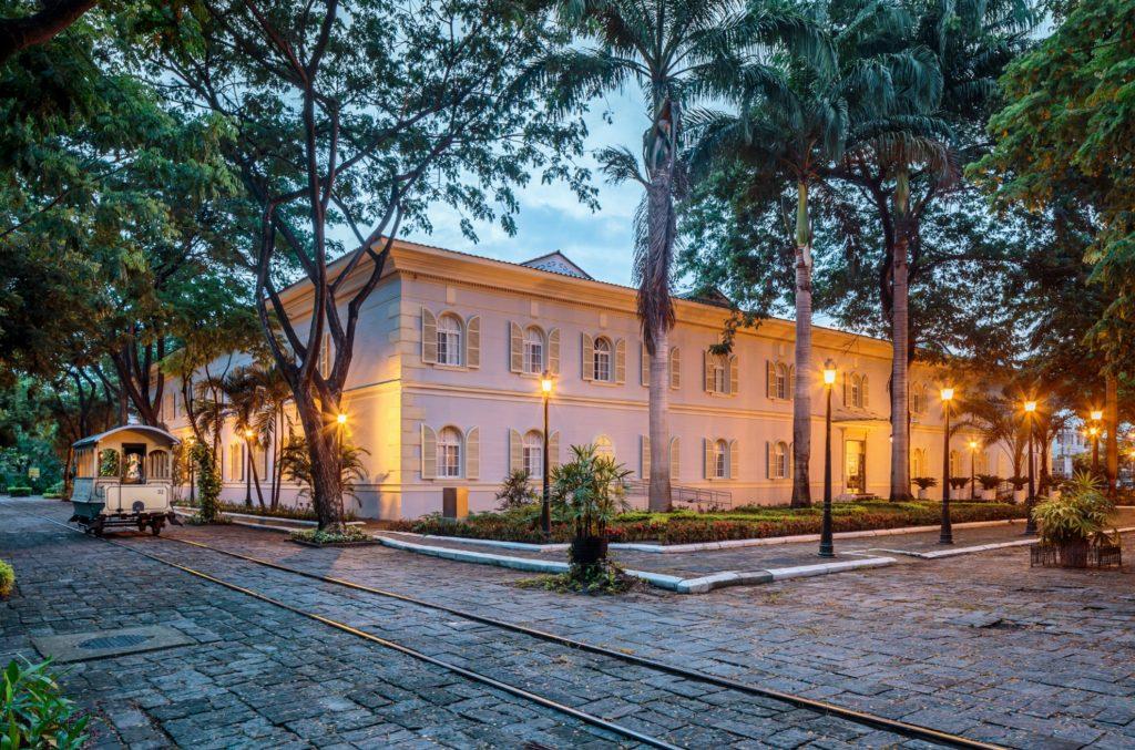 Ecuador - Guayaquil - 1557 - Hotel del Parque Exterior of Hotel
