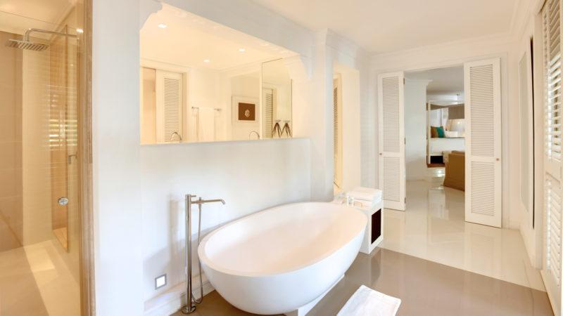 Mauritius - East Coast - 3996 - LUX* Belle Mare Resort & Villas - Honeymoon Suite & LUX* Suite - Bathroom