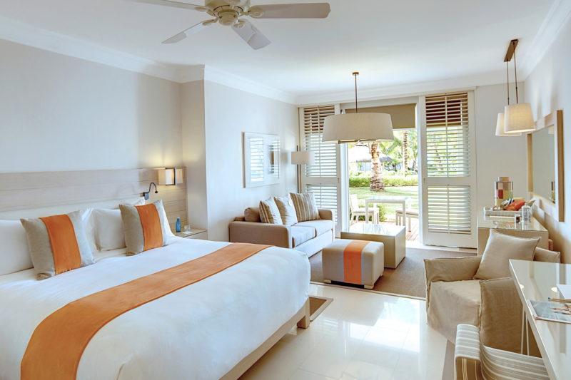 Mauritius - East Coast - 3996 - LUX* Belle Mare Resort & Villas - Junior Suite Bedroom interior