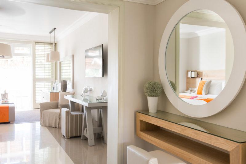 Mauritius - East Coast - 3996 - LUX* Belle Mare Resort & Villas - Junior Suite Bedroom Dressing Area interior