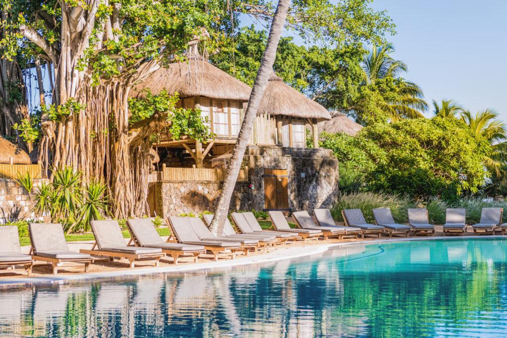 Mauritius - North Coast - 3996 - Canonnier Beachcomber pool and seating