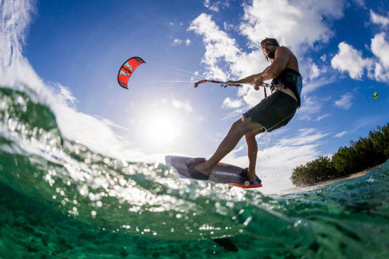 Mauritius - South West Coast - 3996 - Dinarobin Beachcomber Golf Resort & Spa kitesurf
