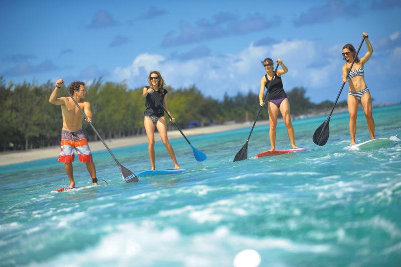 Mauritius - South West Coast - 3996 - Dinarobin Beachcomber Golf Resort & Spa paddle boarding