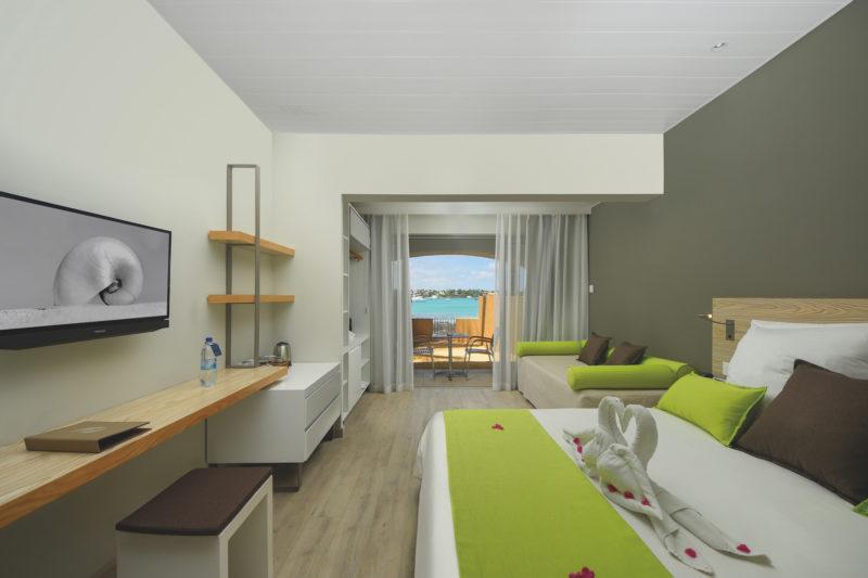 Mauritius - North Coast - 3996 - Mauricia Beachcomber Superior Beachfront