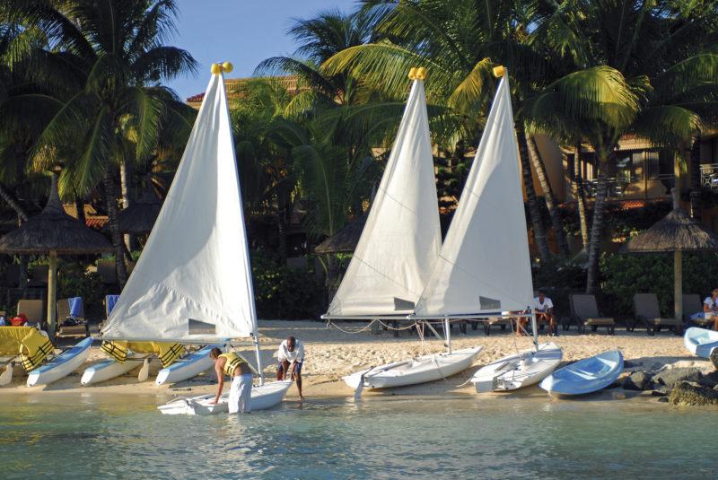 Mauritius - North Coast - 3996 - Mauricia Beachcomber Sail