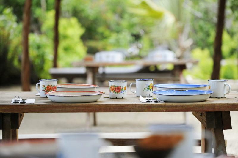 Mauritius - North Coast - 3996 - Zilwa Altitude - Gran Zil BBQ - Tabel set