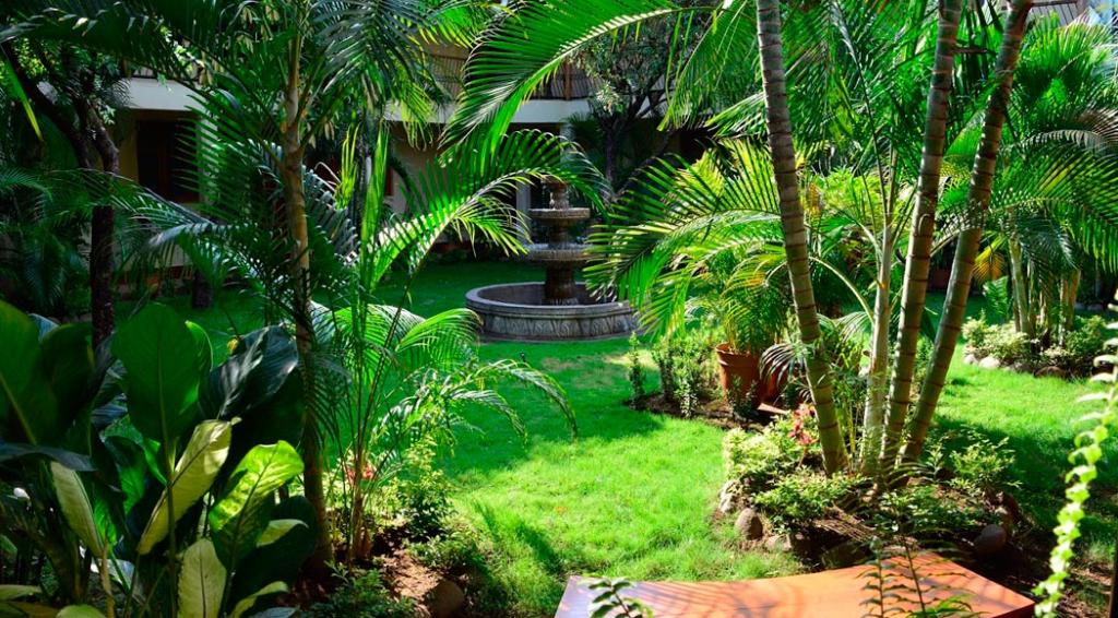 Nicaragua - Leon - 10024 - Hotel Austria Gardens