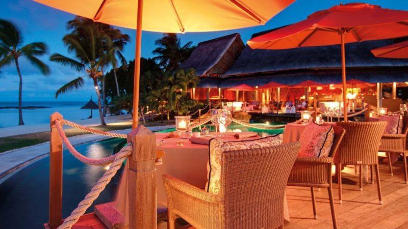 Mauritius - North East Coast - 3996 - Floating Bar