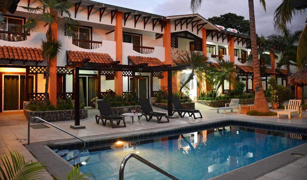 Nicaragua- Managua- 10024- Hotel Europeo Simming Pool
