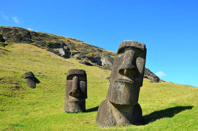 Chile - Easter Island -1560 - Easter Island Statues