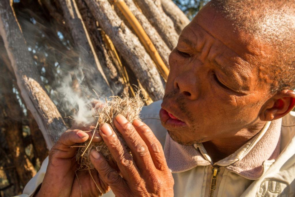 Botswana - 1553 - kwando - making fire