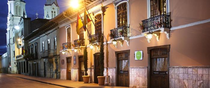 Ecuador - Cuenca - 1557 - Hotel Santa Lucía Street View