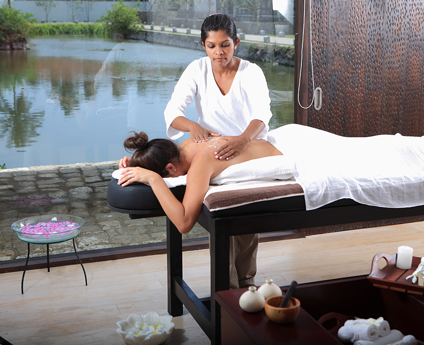 Sri Lanka Wellness Experience -1567 - Spa Treatment - Massage