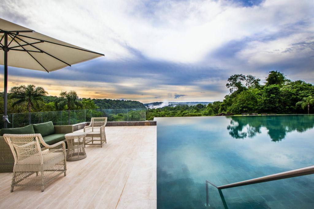 Argentina - Puerto Iguazu - 1584 - Gran Melia outdoor pool
