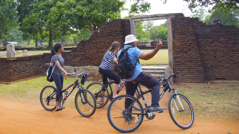 Exquisite Sri Lanka - 1567 - Anuradhapura City Bike Tour Of Monuments