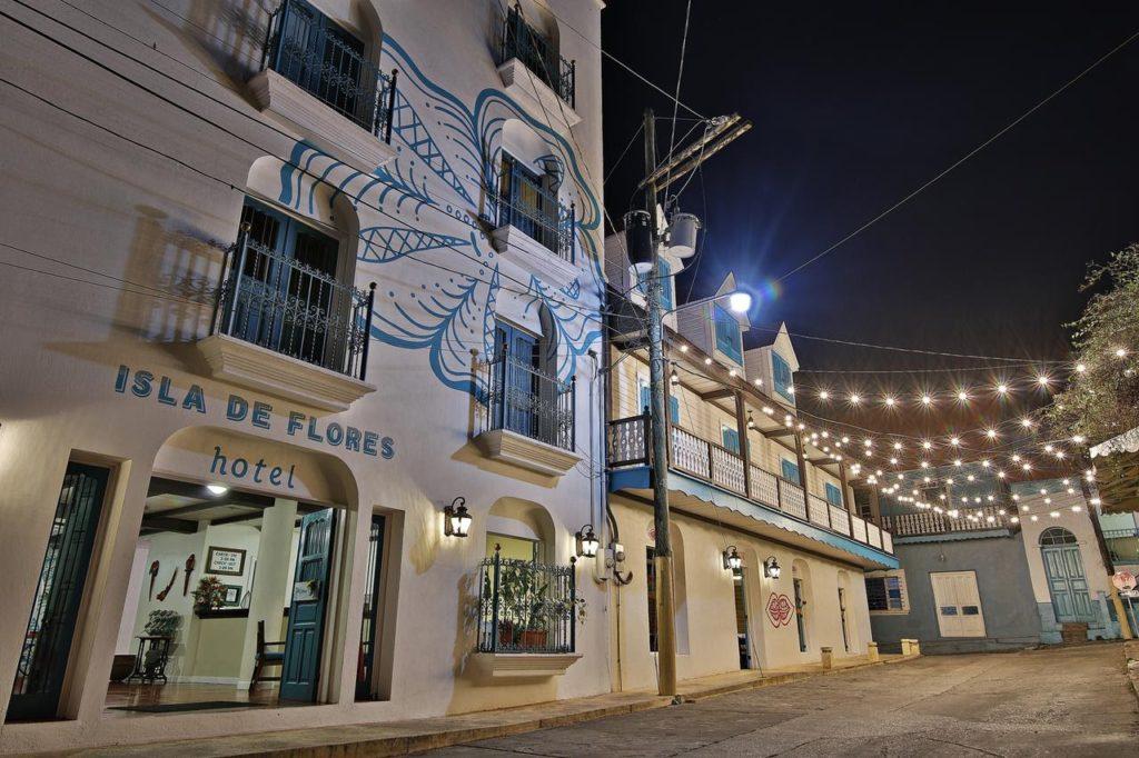 Guatemala - Flores - 10024 - Hotel Isla de Flores - Village Location