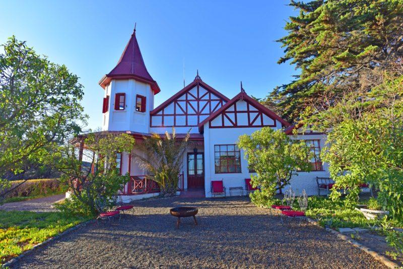 Argentina - 1584 - El Pedral - Peninsula Valdés - Exterior of Hotel