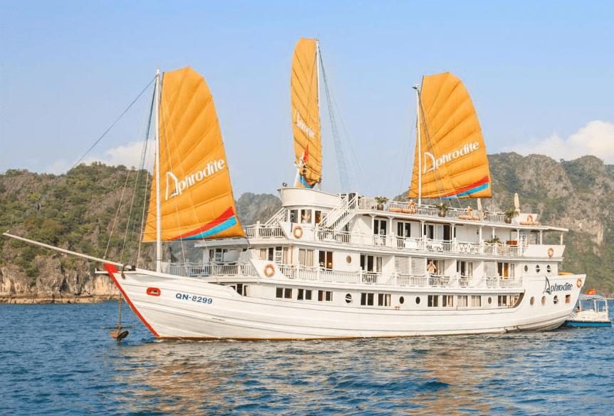 Vietnam - Ha Long - 16103 - Aphrodite Cruise Sailing