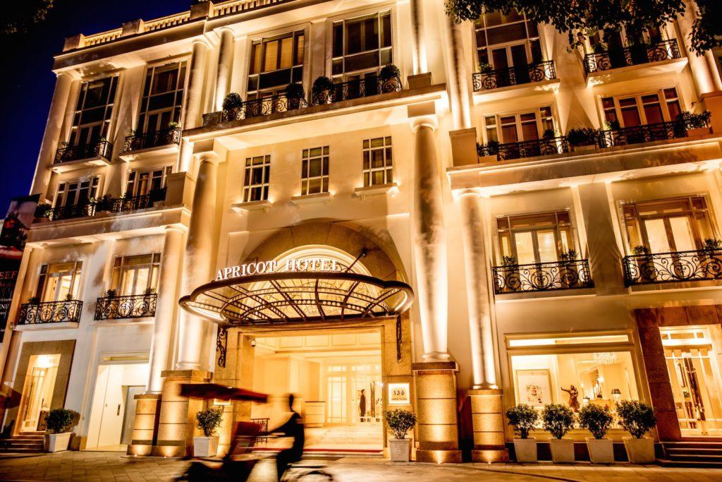 Vietnam - Hanoi - 16103 - Front of hotel