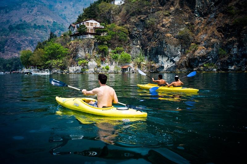 Essential Guatemala - 10024 - Kayak in Atitlán Mountain region