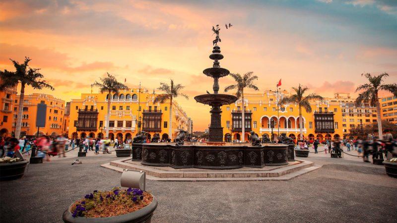 Peru - 1559 - Lima - Historical Centre - Fountain