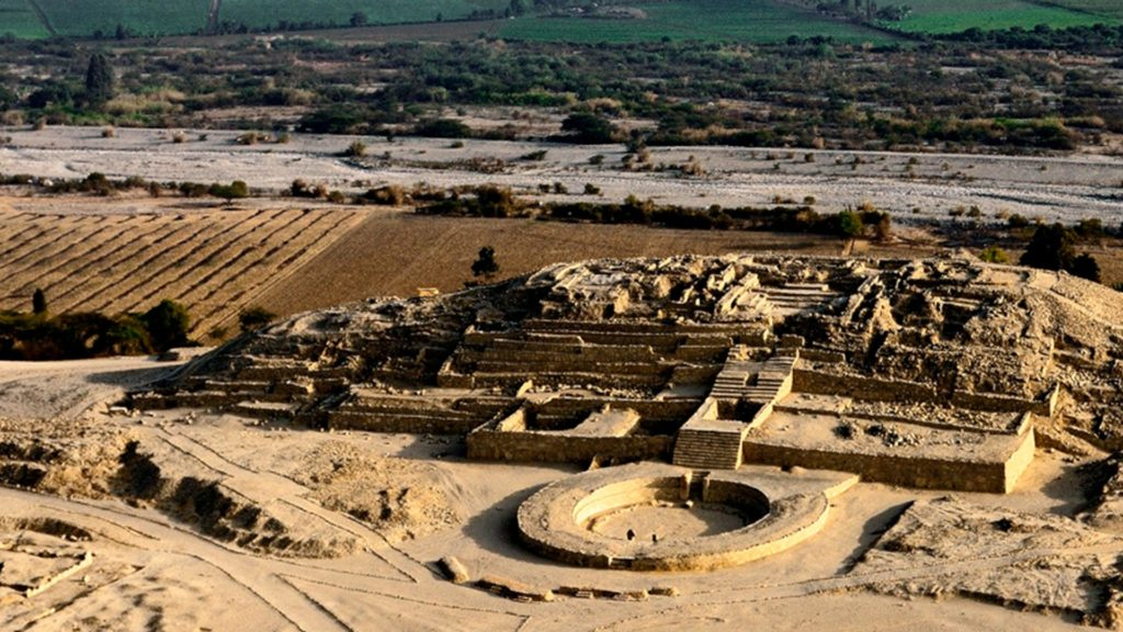 Peru - 1559 - Lima - Caral - Ancient Ruins