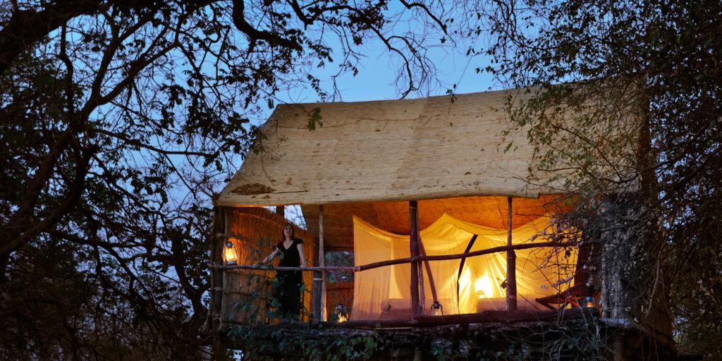 Zambia - 1552 - South Luangwa - 1564 - Camp at Night