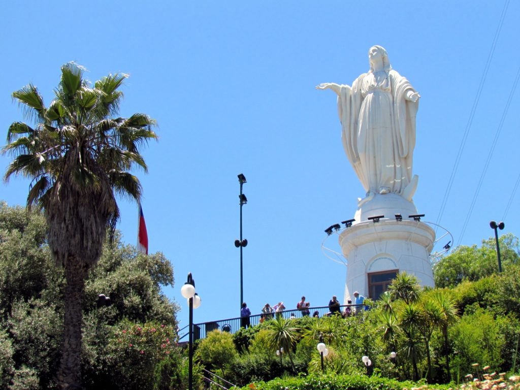 Chile - 1560 - Santiago - Statue Virgin San Cristobal