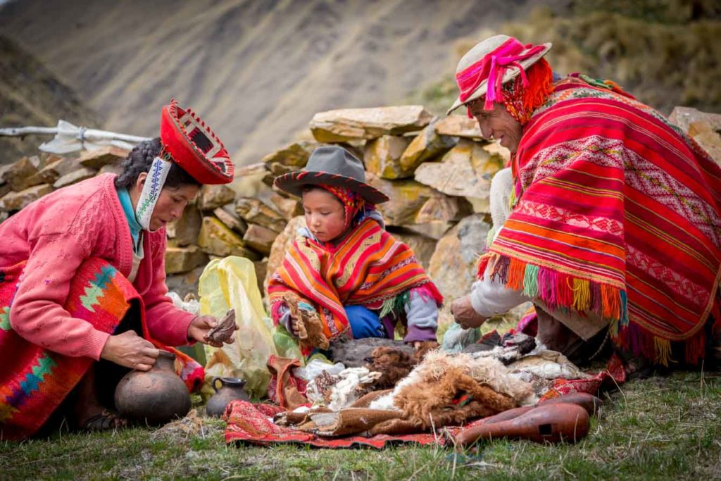 Peru - 1559 - Willoq Community - Traditional Family Dress
