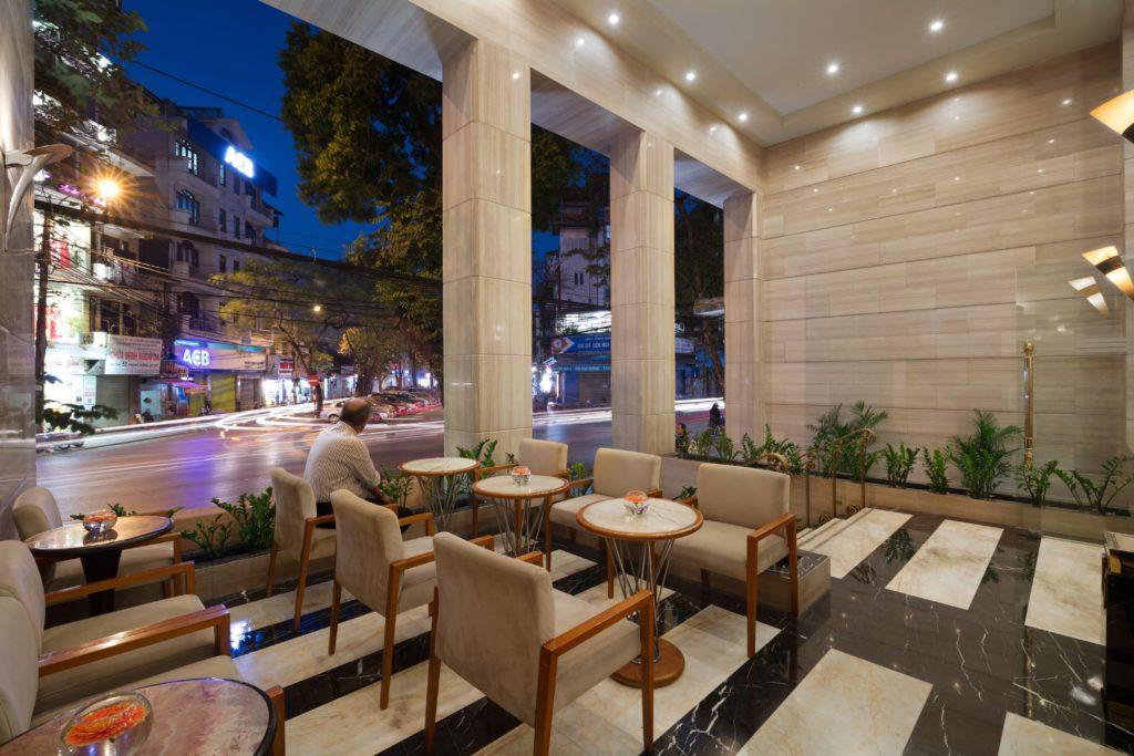 Vietnam - Hanoi - 16103 - Restaurant view