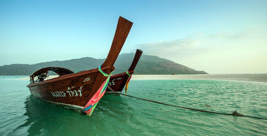 Thailand - Khao Lak - 18264 - Boat on Ocean