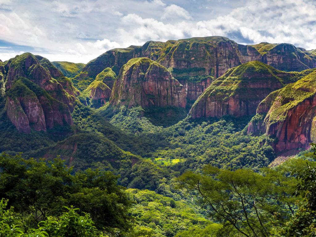 Bolivia - 1561 - Adventure Program - Amboro Mountain Valley Scenery
