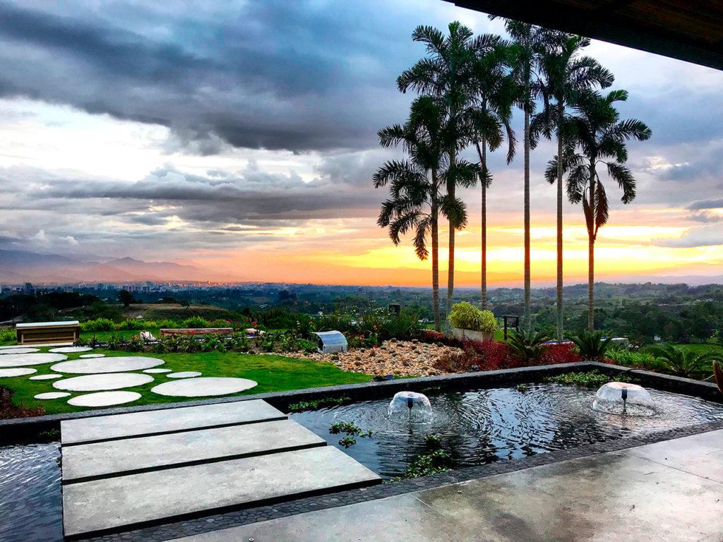 Colombia - Circasia - 1558 - Hotel Bio Habitat Exterior Pool Sunset