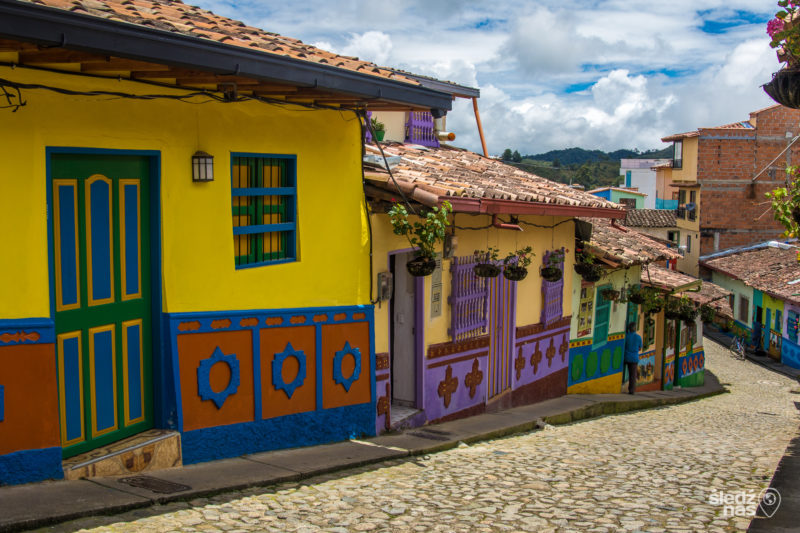 Colombia - 1558 - Guatape Candelaria City Tour Streets