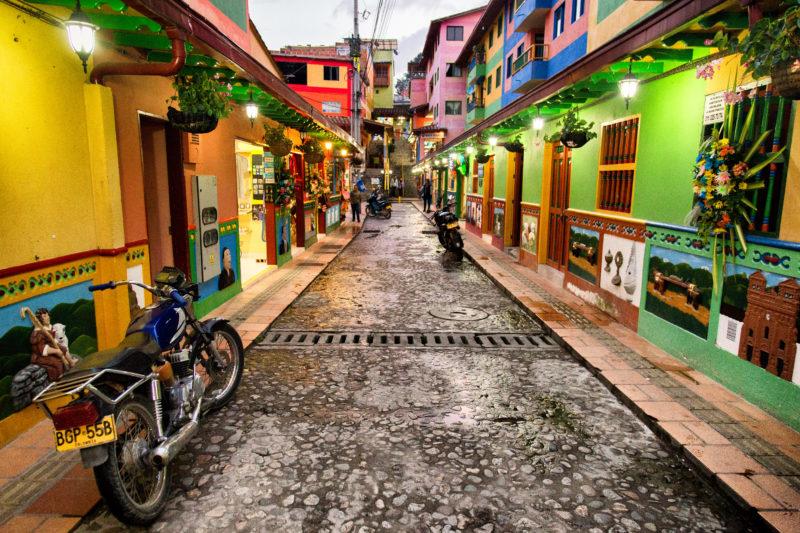 Colombia - 1558 - Medellin Guatape Street Colourful