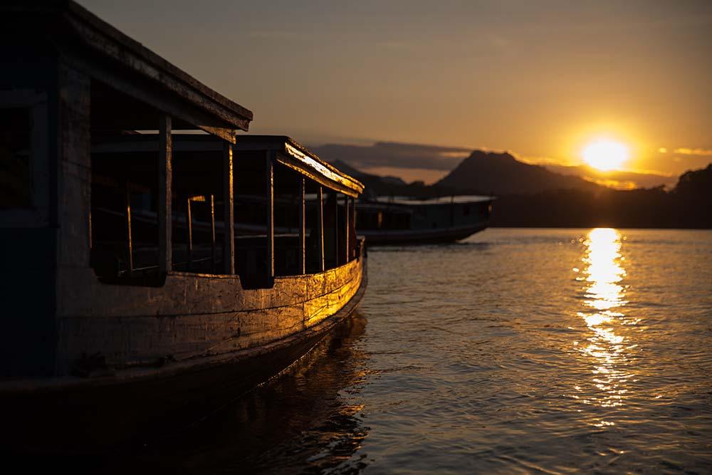 Luang Prabang - Laos - 17089 - Sunset on the Mekong