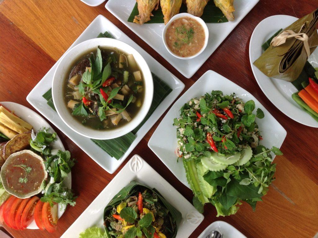 Laos - 17089 - Lao Lunch