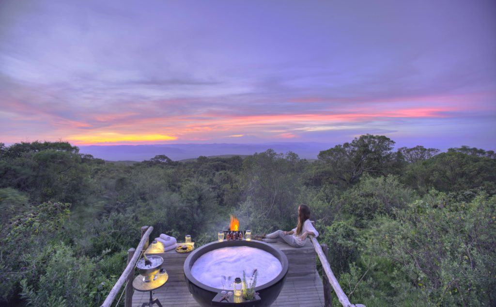 Tanzania - 17467 - The Highlands Camp - Honeymoon Hot Tub Sunset views over the national park
