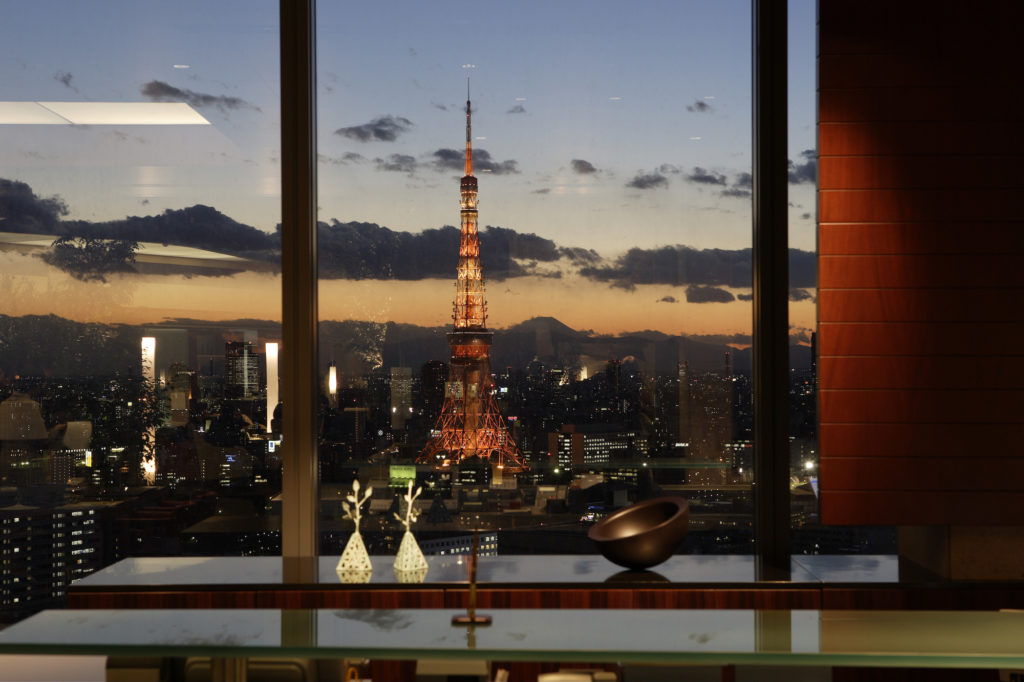 Japan - Tokyo - 18261 - Park Hotel restaurant view at night