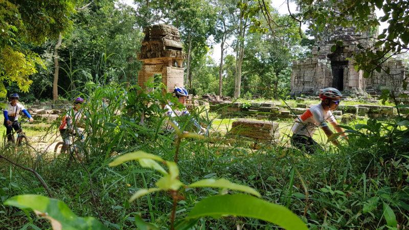 Cambodia - 18260 - Angkor Excursion