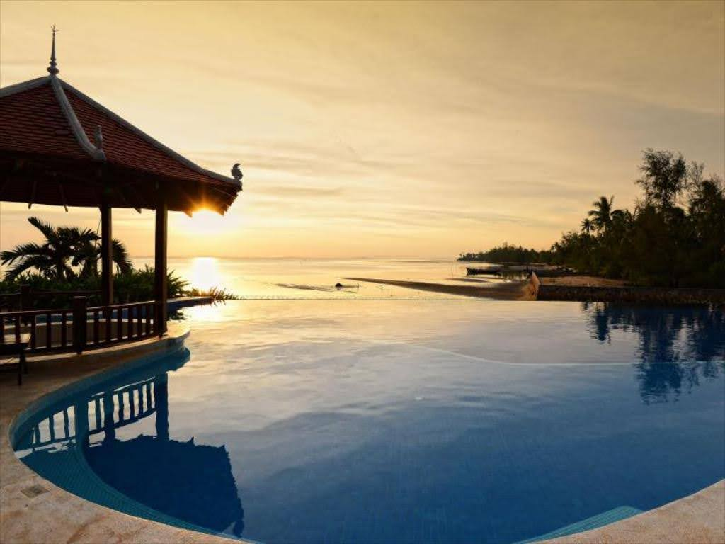 Cambodia - Kampot - 18260 - Coastal View with Infinity Pool